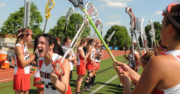 Women's lacrosse players